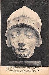 statue head of joan d'arc