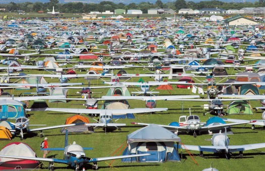 life_at_airventure_quarto_explores_eaa_oshkosh